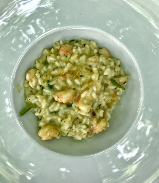Risotto with scampi and asparagus